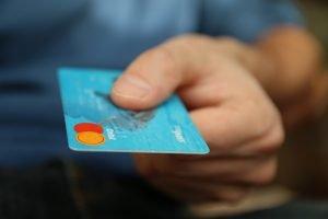 信用卡的識別碼在那裡?